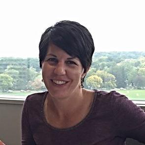 Suzanne Ponik